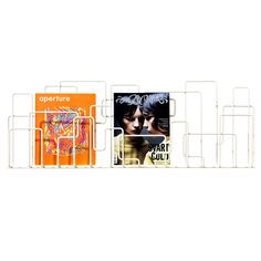 Suunnittelijakaksikko Olle Wingård ja Ingrid Svensson ovat saaneet inspiraationsa City Sunday -lehtitelineeseen todellisesta ja utopistisesta kaupunkimaisemasta. Seinään kiinnitettävä teline koostuu useista eri tasoissa kulkevista teräslangasta muotoilluista elementeistä, jotka luovat katseenvangitsevan kokonaisuuden - aivan kuin erikokoisista rakennuksista muodostuvan kaupunkimaiseman.