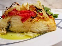 Portuguese Recipes, Fish Recipes, Carne, Seafood, Turkey, Cooking Recipes, Chicken, Baked Cod Recipes, Oven Baked Cod