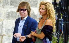 Bill Wyman and his wife Suzanne Acosta. Bill Wyman, Mirrored Sunglasses, Mens Sunglasses, Rolling Stones, Fashion, Moda, Fashion Styles, Men's Sunglasses, The Rolling Stones
