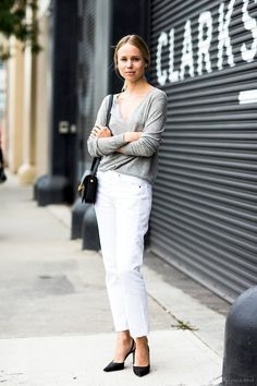 Elin Kling // Long sleeve grey tee, mini bag, straight leg white jeans & black pumps #style #fashion #streetstyle #classic