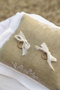 letrecivette: Matrimonio d'antan a Villa Boccea... wedding day cuscino fedi
