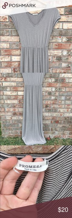 Cute Striped Maxi Dress! Item is in great condition. Comes from a smoke-free & pet-free home! Will ship either same day or next day (excluding Sunday's & holidays)! Thanks for checking out my items - if you have any questions, please ask! 😊 NO trades and NO PayPal, don't ask! I do sell on other sites! Dresses Maxi