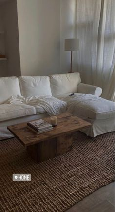 Home Living Room, Living Room Decor, Deco Design, My New Room, Minimalist Home, House Rooms, Home Interior Design, Interior Paint, House Design