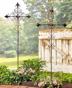 Outdoor Garden Stakes 4 FT Tall Cross Metal Religious Beautiful Yard Decorations                      Official PayPal Conversion Rates                    Add Currency https://trickmyyard.com/product/outdoor-garden-stakes-4-ft-tall-cross-metal-religious-beautiful-yard-decorations-2/