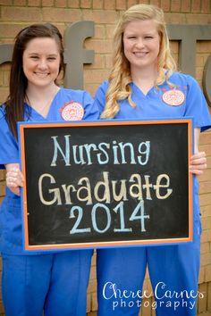 Cheree Carnes Photography nurse graduate senior university scrubs chalkboard RN BSN outdoor session