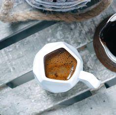Coffee for my pleasure Coffee Milk, Coffee Spoon, Coffee And Books, Coffee Cups, I Love Coffee, My Coffee, Coffee Photography, Food Photography, Chocolates