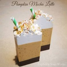 Here is the cut of Pumpkin Mocha Latte! This soap smells more of espresso than pumpkin, but I do notice hints of pumpkin spice here and there. The scent is also softer than I prefer and the soap frosting looks like it might separate in areas, but overall I really like this soap. #soap #natural #naturalsoap #organic #pumpkin #mocha #latte #gold #sparkly #pumpkinspice #seasalt #autumn #fall #fallsoap #pumpkinsoap #artisan #handmade #smallbatch #coffee #smallbusiness #coconutoil #cocoa…
