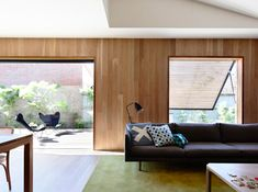 East West House by Rob Kennon Architects - Richmon, VIC, Australia - Image 1 Architecture Awards, Residential Architecture, Interior Architecture, Lounge Suites, Interior Decorating, Interior Design, Interior Inspiration, Living Spaces, Living Room