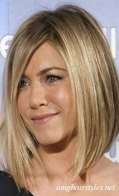 A sliding hair cut is a way of cutting the hair to get a softer edge and without a blunt line. I love this!!