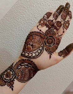 Mehndi Designs for Cute Hands in 2019