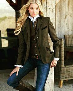 Ropa y Complementos hasta el 80% de descuento  AHORRA CON BeLoGui  ¿Demasiada ropa en tu vestidor?  Véndela en www.belogui.com  Descarga GRATIS nuestra #app y disfruta de toda la #modafemenina #modainfantil y #modamasculina a un sólo clic  #BeLoGui #TuVestidorOnline #CuelateEnMiVestidor #segundamano  #segundamanoespaña #MercadilloOnline #love  #ropasegundamano #shoponline #secondhand #ventasonline  #style #fashion #moda #mujer