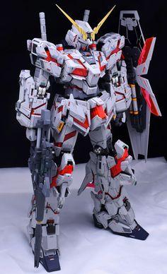 PG 1/60 Unicorn Gundam - Customized Build Modeled by soju2562