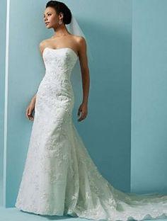 Alfred Angelo 1807 Wedding Dress $799
