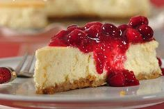 The BEST ricotta cheesecake with cran-raspberry sauce Crockpot Dessert Recipes, Crock Pot Desserts, Sauce Recipes, Just Desserts, Slow Cooker Recipes, Baking Recipes, Crock Pot Cheesecake, Ricotta Cheesecake, Cheesecake Recipes