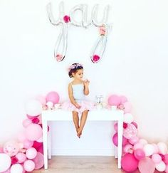Etsy の DIY Balloon Garland Kit Pink Peony by onestylishparty