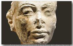 04. Head of a Queen.   From Amarna. Stiftung Preußischer Kulturbesitz, Berlin.   by Hans Ollermann