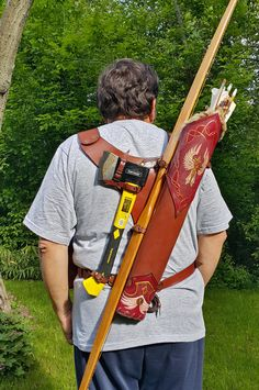 Multi-functional Leather Quiver With Two Arm Guards, Two Belt Pouches And A Shooting Glove Leather Quiver, Leather Tooling, Recurve Bow Hunting, Archery Hunting, Hunting Gear, Archery Quiver, Arm Guard, Traditional Archery, Belt Pouch