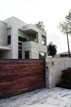 Modern House Design | By Ghayyoor Obaid Architects |