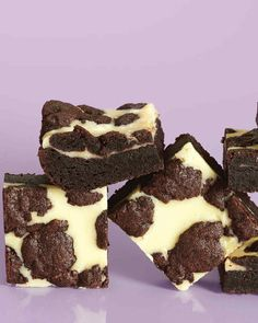 Black and white come together in the layers of these bars: A rich chocolate base and generous chocolate crumbles surround a layer of creamy cheesecake.