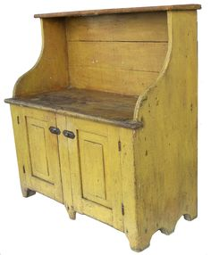 Bucket Bench with wonderful yellow paint.perfect for the wooden buckets and the fab old stoneware crocks, etc! Primitive Cabinets, Primitive Furniture, Antique Furniture, Painted Furniture, Primitive Bedroom, Prim Decor, Country Decor, Farmhouse Decor, Country Homes