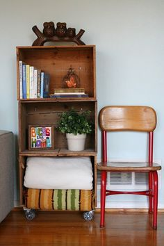 Decorate Creatively With Old Wooden Crates Amazing Pictures