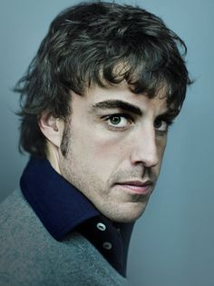 Brooding look there . Fernando Alonso Ferrari, F1 Drivers, Car And Driver, F 1, Formula One, Race Cars, Beautiful People, Eye Candy, Champion