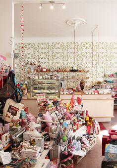 In Berlin Prenzlauer Berg findet ihr das Misses & Marbles was aus Laden und Café vereint >> Misses & Marbles, café & giftshop | Raumerstraße 36 | Berlin