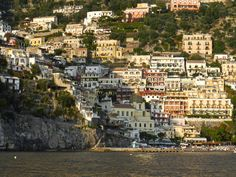 Positano and the Amalfi Coast Bus Travel, Train Travel, Train Service, Adventures In Wonderland, Cinque Terre, Train Rides, Pompeii, Positano, Amalfi Coast