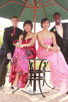 Senior Prom picture ideas....get away from the crowds!