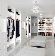 10 Luxury Walk-in Closet Design Ideas That Will Make Your Jaw Drop Walk In Closet Design, Bedroom Closet Design, Master Bedroom Closet, Closet Designs, Master Bathroom, Luxury Wardrobe, Luxury Closet, Dream Home Design, Home Interior Design