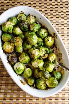 Thanksgiving Recipes : Basic Roasted Brussels Sprouts Recipe