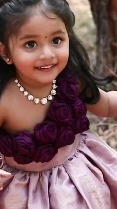 Girls Frock Design, Baby Dress Design, Kids Frocks Design, Baby Frocks Designs, Kids Dress Wear, Kids Gown, Frocks For Girls, Dresses Kids Girl, Baby Girl Birthday Dress