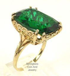 Large 10K YELLOW GOLD Filigree Setting Emerald Green Stone SIGNED EJ Sz 6.5 Ring #EJ #Solitaire
