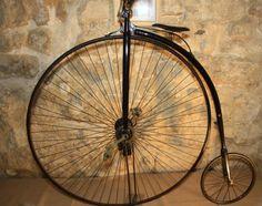 Cycling Museum - Provence. Musée du cycle - Pernes les Fonatines - http://visitez-la-provence.fr/blog/lhistoire-sur-deux-roues/. Repinned by www.mygrowingtraditions.com
