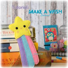You're going to love Make a Wish Bookmark by designer Hello Felt. Diy Arts And Crafts, Felt Crafts, Crafts For Kids, Felt Bookmark, Diy Bookmarks, Corner Bookmarks, Felt Templates, Sewing To Sell, Needle Felting Tutorials