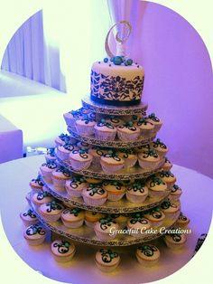 Black and White Damask Cupcake Wedding