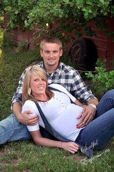 Great Maternity Picture!