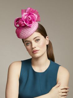 London based milliner Juliette Botterill makes beautiful bespoke headpieces and hats for that special occasion. Sinamay Hats, Millinery Hats, Fascinator Hats, Fascinators, Cashmere Hat, Pink Cocktails, Floral Ribbon, Stylish Hats, Cocktail Hat
