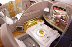 Business Class/Primera clase: Emirates Airline