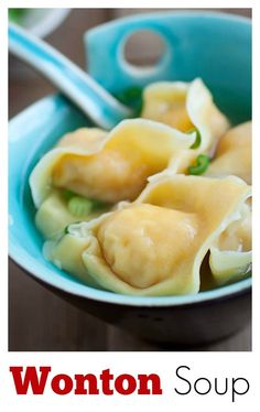 Easy wonton soup recipe with juicy shrimp wontons. Learn the best and most authentic ways to make this classic Chinese soup at home in 20 minutes! Supper Recipes, Soup Recipes, Cooking Recipes, Indian Food Recipes, Asian Recipes, Easy Delicious Recipes, Asian Cooking, Soup And Salad, Food Inspiration