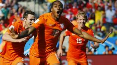 Netherlands down Chile to top Group B