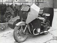 motorcycles of the Red Army, armored Army Tech, Mg34, Super 4, Ww2 Pictures, Sketches Tutorial, Military Operations, Red Army, Sidecar, Soviet Union
