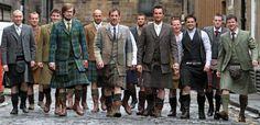 Modernized tweed or tartan kilt suit. More money and a trip to Edinburgh? Look Fashion, Mens Fashion, Modern Fashion, Fashion News, Terry Dresbach, Scottish Man, Scottish Dress, Scottish Clothing, Scottish Accent