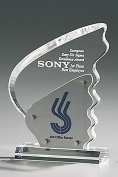 Metal Blade Award - Exclusive gifts of recognition and honor: combination of acrylic and metal. Popular for recognition, company recognition, award, distinction, honor, trophy, athletic prize, sport prize, achievement, corporate achievement awards or gifts of honor or recognition. Exclusive combination of metal and acrylic materials.