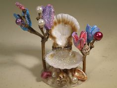 Fairy Garden Sea Shell Throne 3. - ME: Holy cow! Is this cute or what?