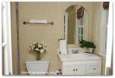 Home Staging Atlanta - Before and After Pictures Bathrooms - Part III In continuation in my series Home Staging Atlanta Before and After Pictures what's. Cream Bathroom, White Bathrooms, Bathroom Staging, Home Staging, Metro Tiles Bathroom, Atlanta Homes, Bathroom Pictures, Before And After Pictures, Guest Bath