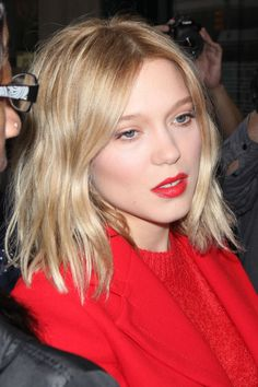 Léa Seydoux at HuffPost Live in 2015. http://beautyeditor.ca/2015/11/12/best-beauty-looks-naomie-harris