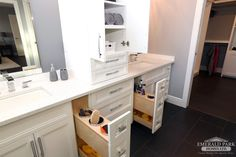 Pull-out storage solutions for your enusuite!