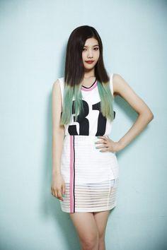 Name: Sooyoung Park Stagename: Joy Member of: Red Velvet Birthdate: Red Velvet Joy, Red Velvet Seulgi, Velvet Style, Irene, Beauty Contest, Velvet Fashion, Short Girls, Pop Fashion, Korean Girl