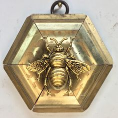 """Gilt Frame with Grande Bee (3.25"""" wide)"""